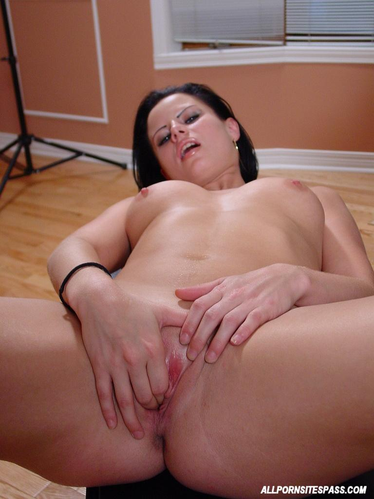 image Curvy busty brunette solo pussy dildo fuck