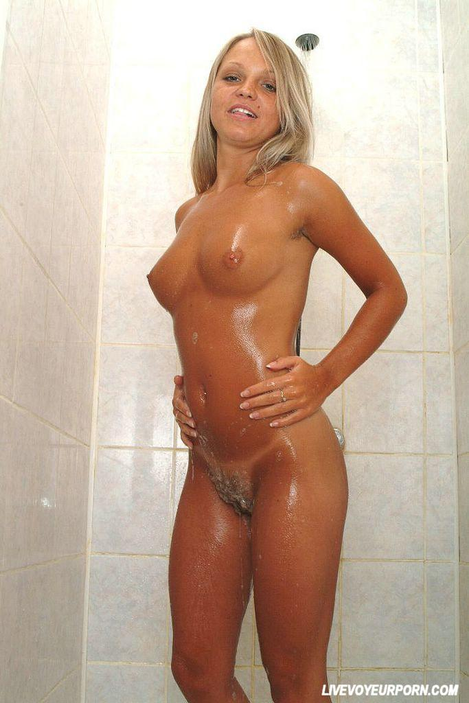 Hot Blonde Girl Porn In The Shower