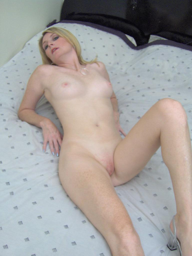 Wife taking her first black cock