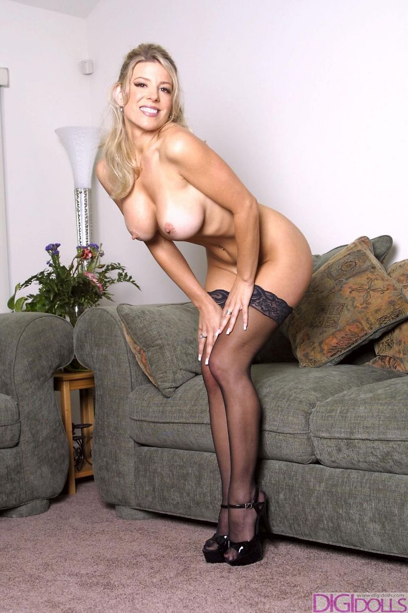 Amanda lexx stripping