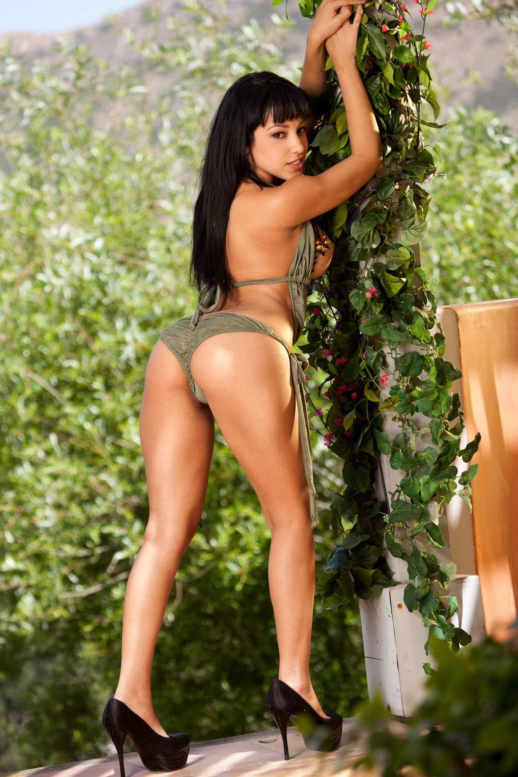 abella anderson green shirt xhamster porns, huge