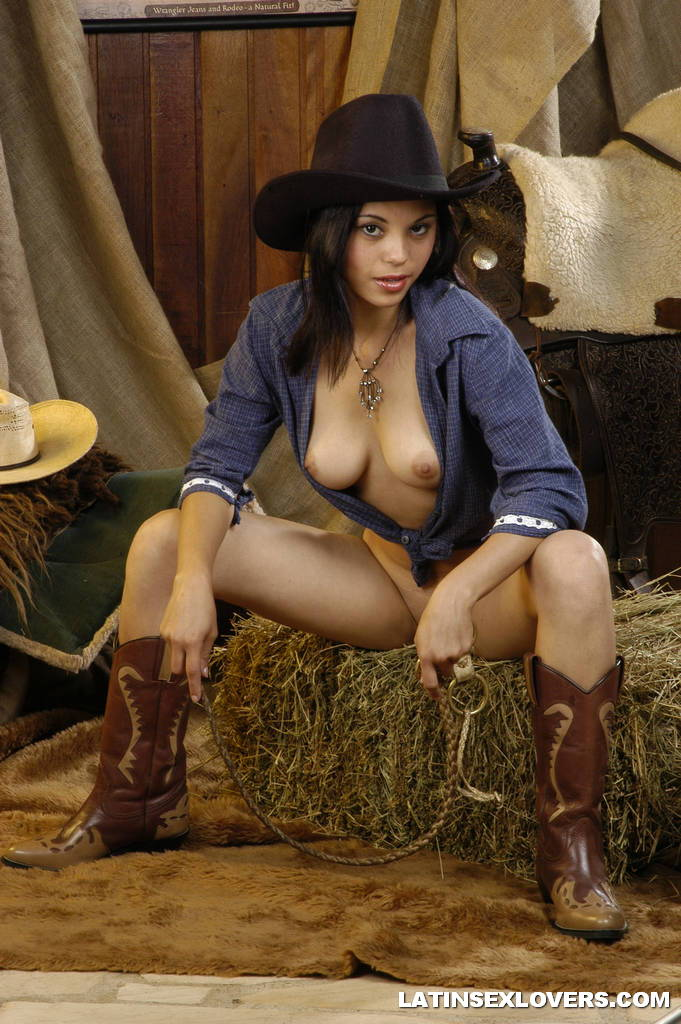 Nude Cowgirl Swallows Warm Cum 5602-2633