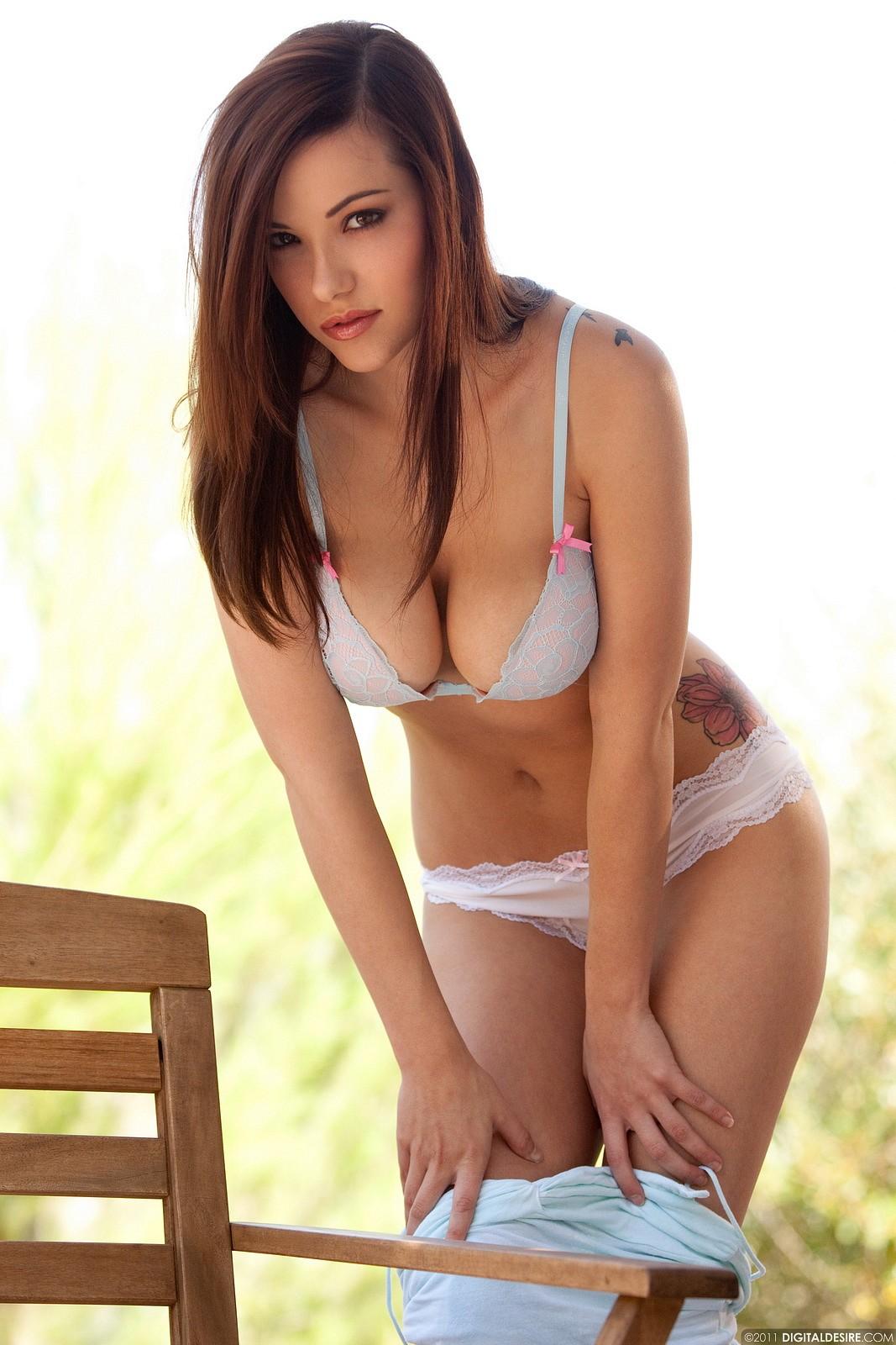 Sex Send Nudes Fuck Off Shirt Pic