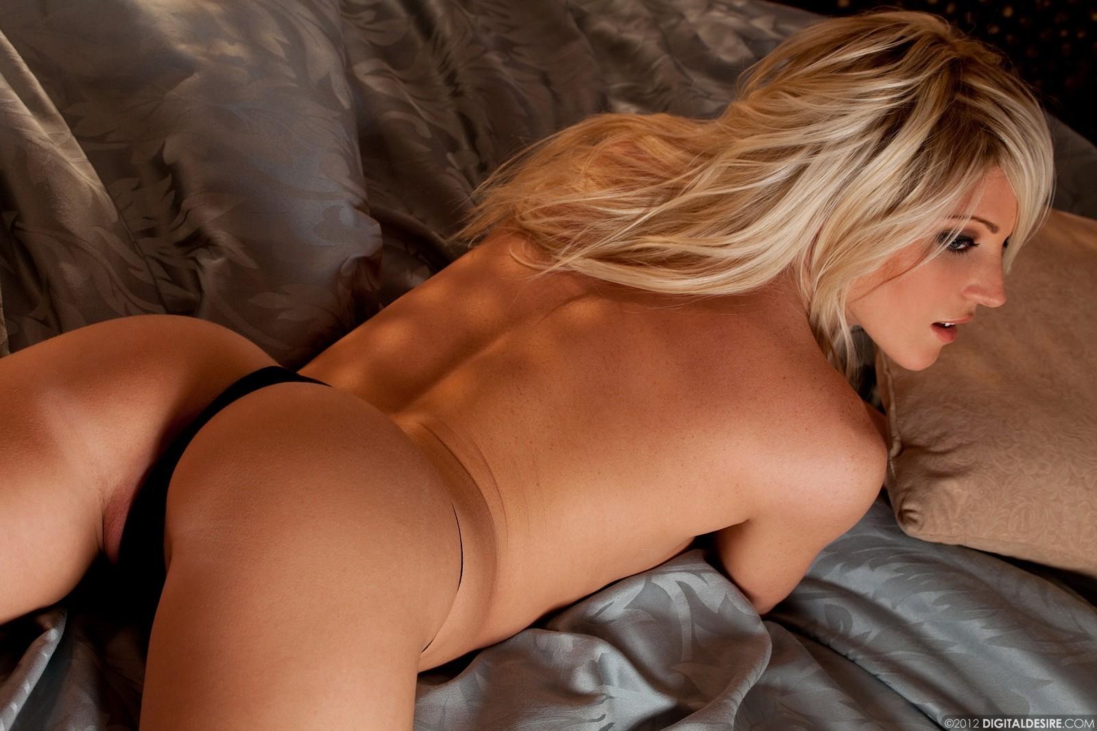 Nude latina self shot
