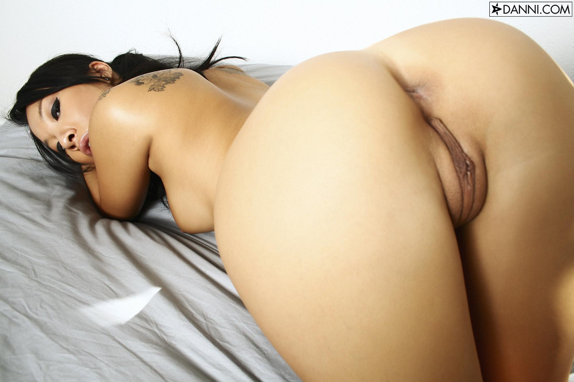 Big ass ebony twerking