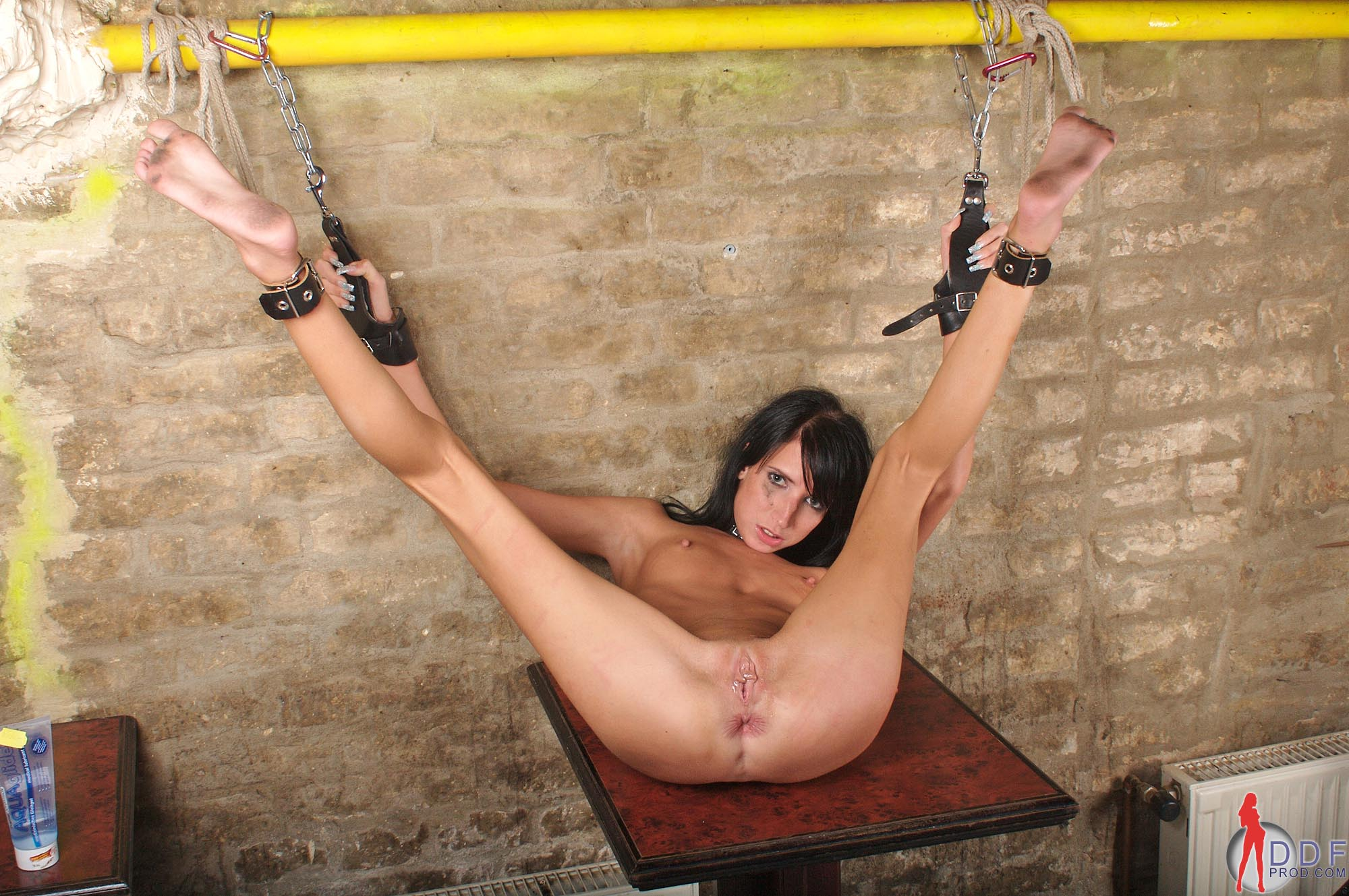 Foot torture porn Swingers Club