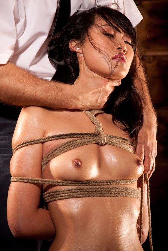 Evelyn lin bondage