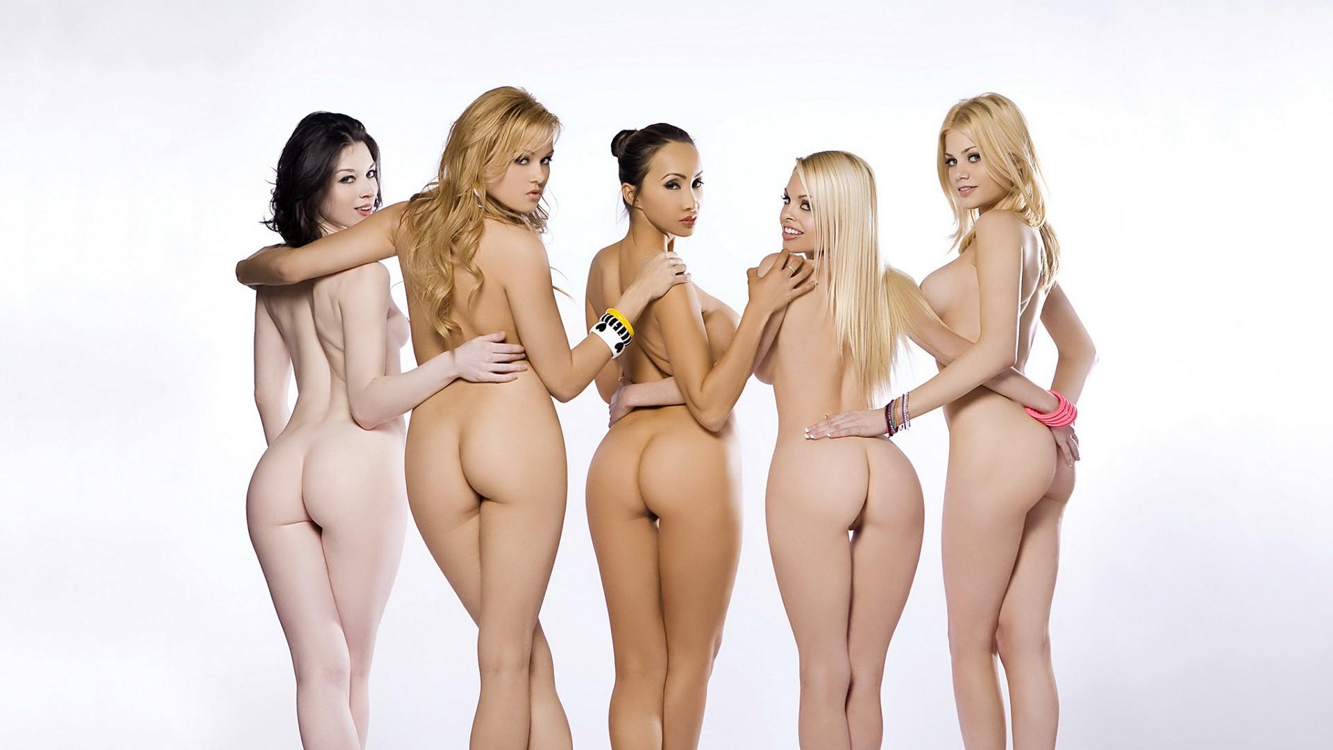 Japanese girls line up naked bondage