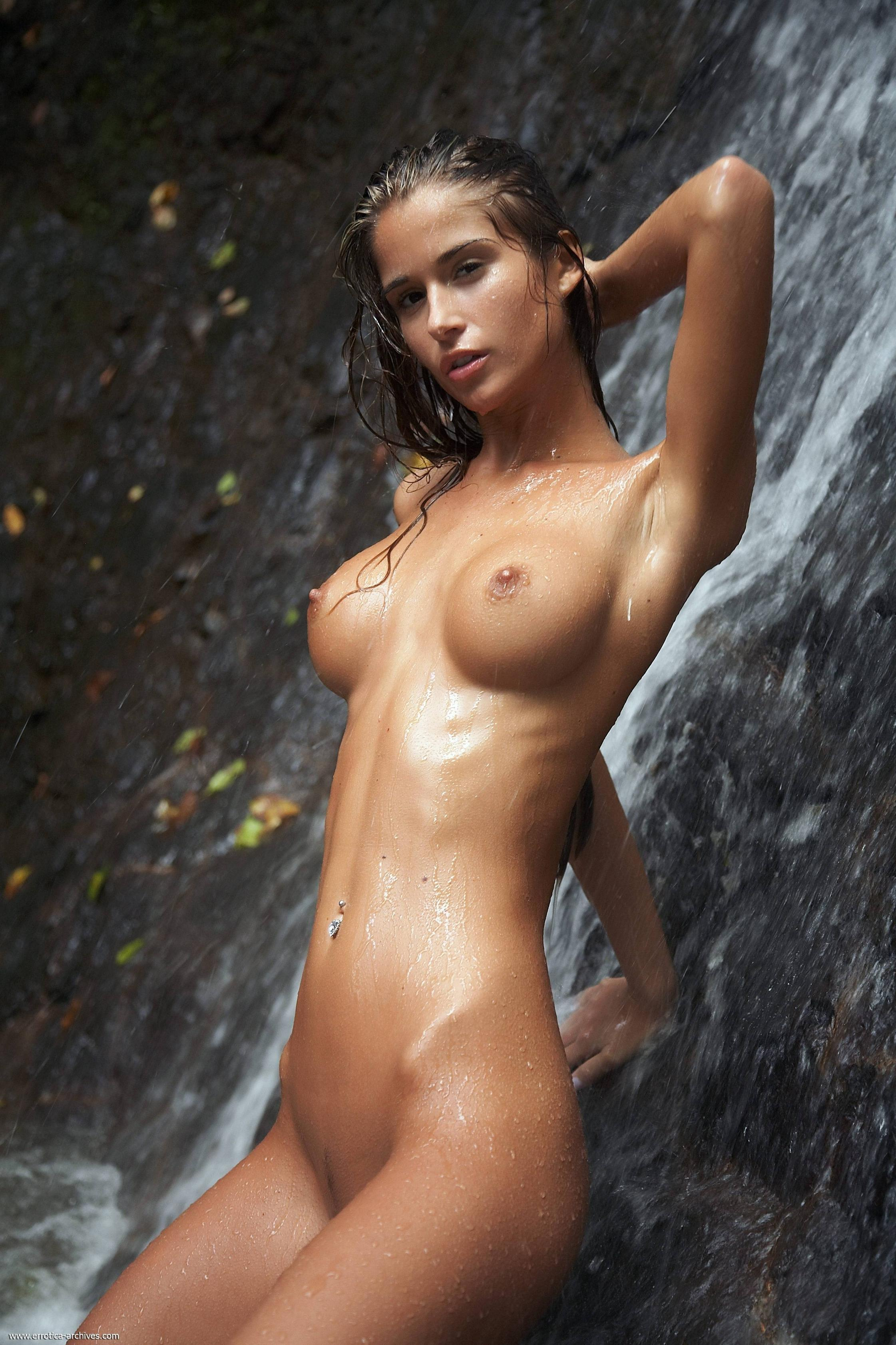 Apologise, Naked girl squirt waterfall