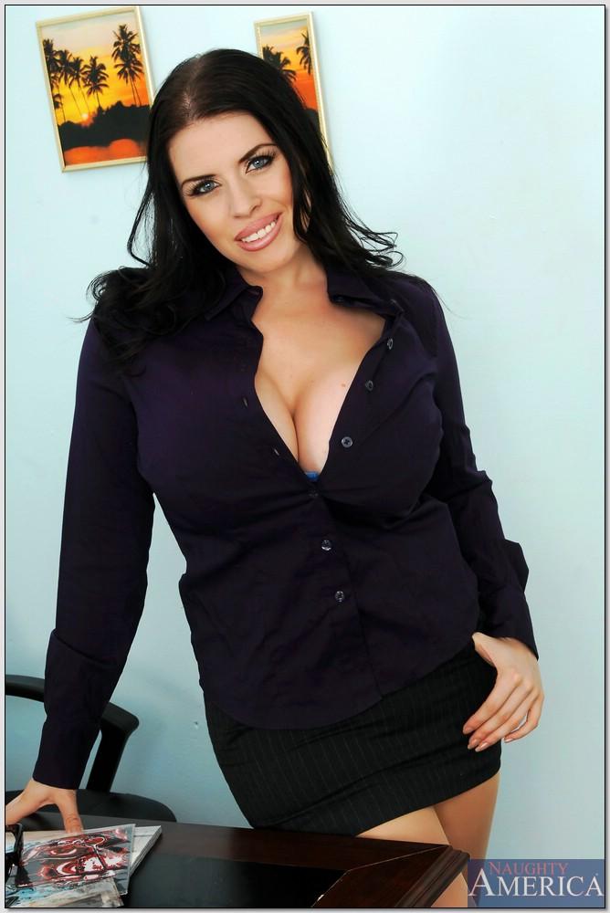 Pornstar Daphne Rosen 9611