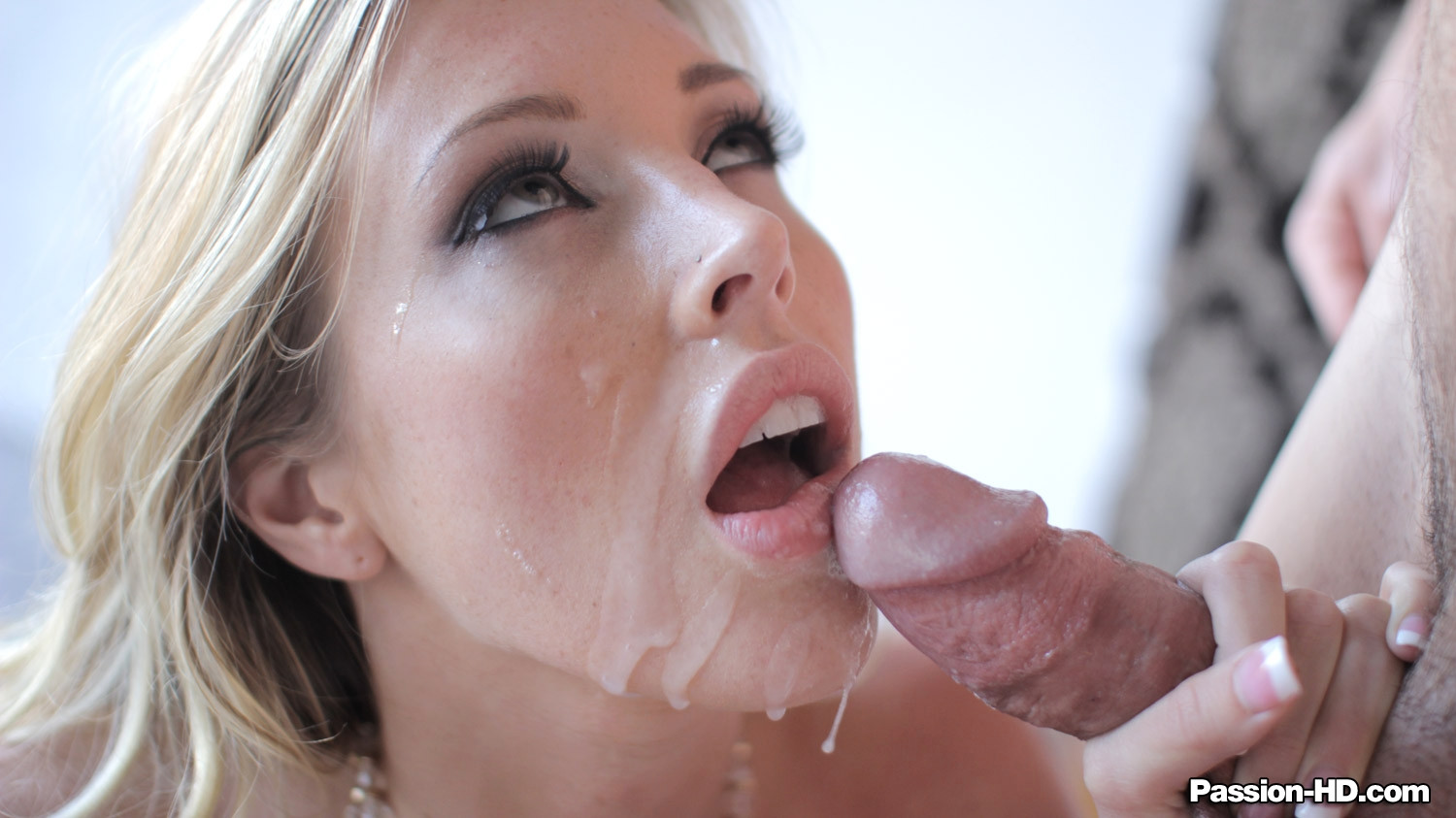 Kasey chase sucking dick to get a big facial 9