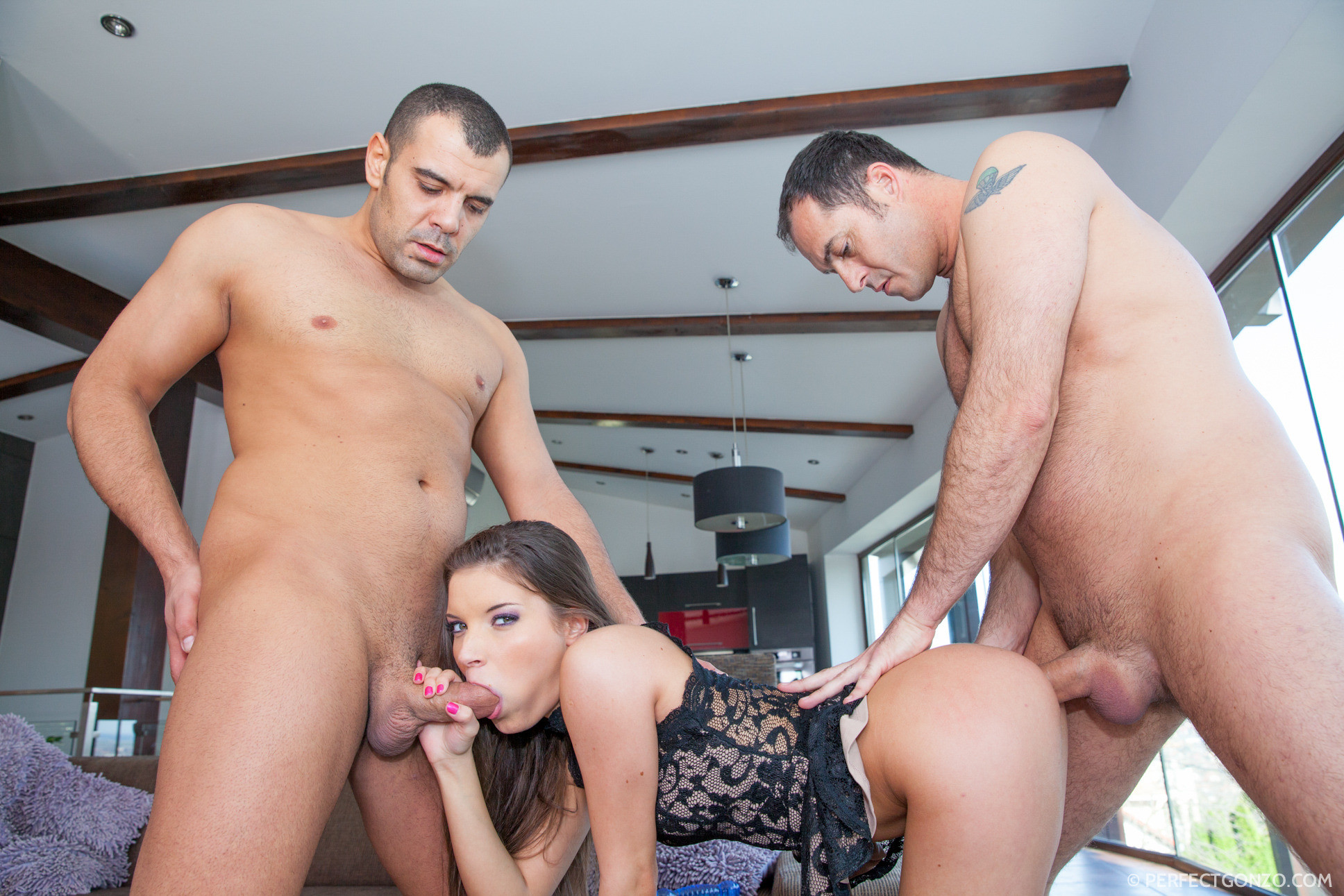 Cherry torn likes to do some anal