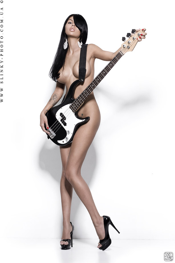 naked electric guitar babes
