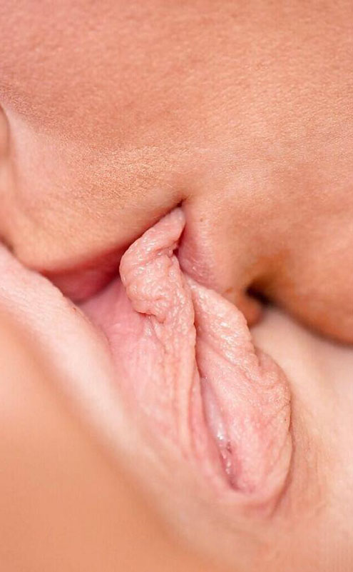 Lips Eating Sweet Pussy Lips 17617-1292