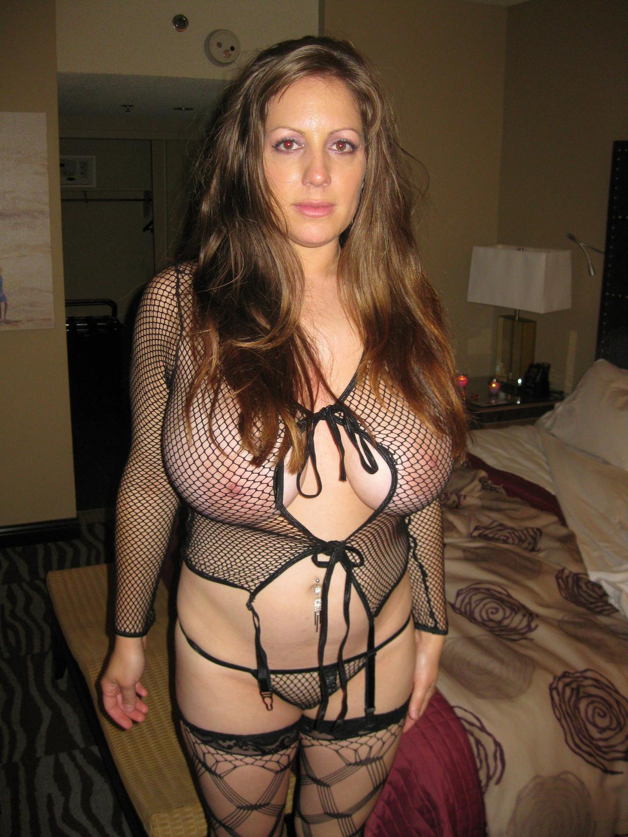 Телка с большими грудями порно фото 25 фотография