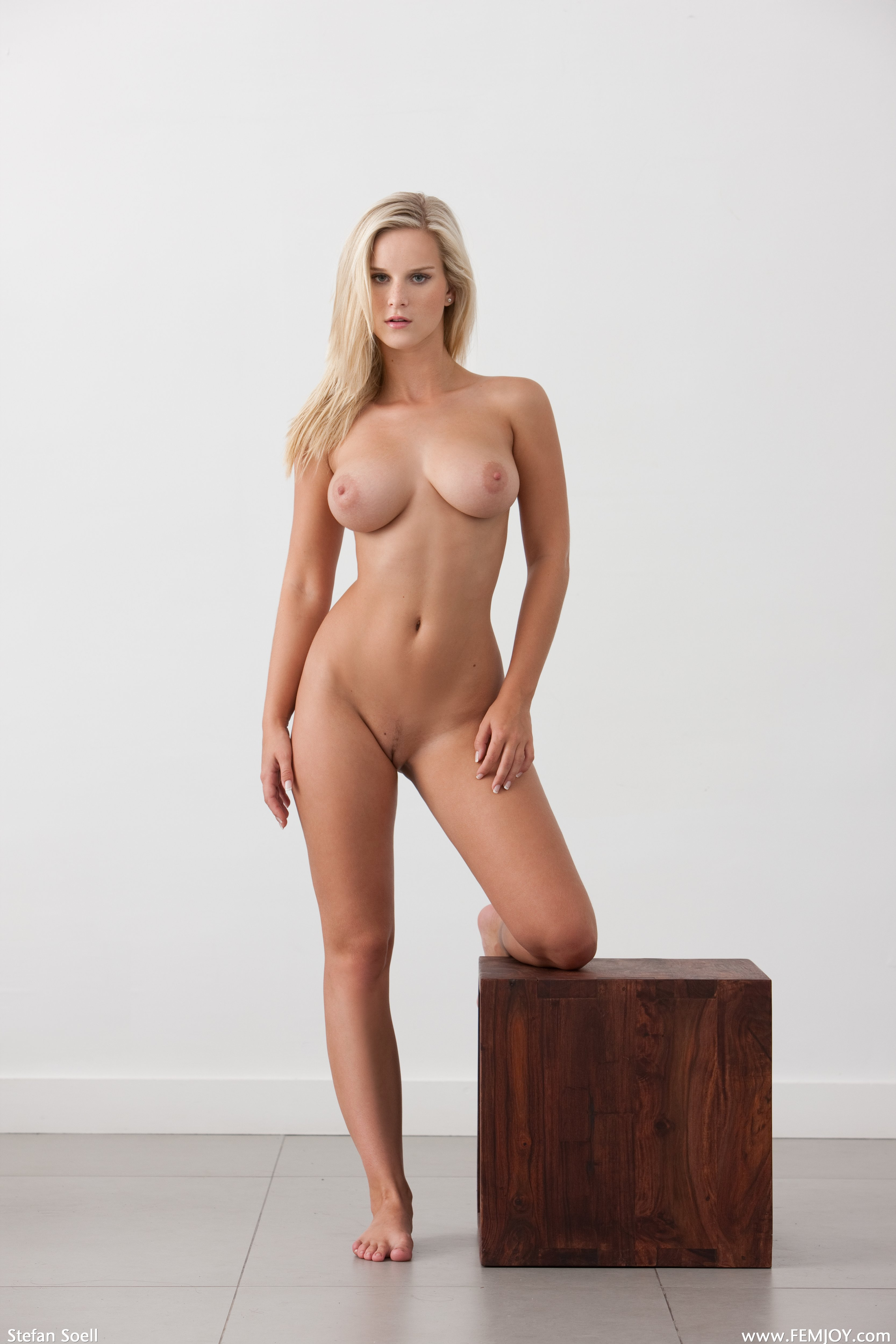 pics of really old nude women
