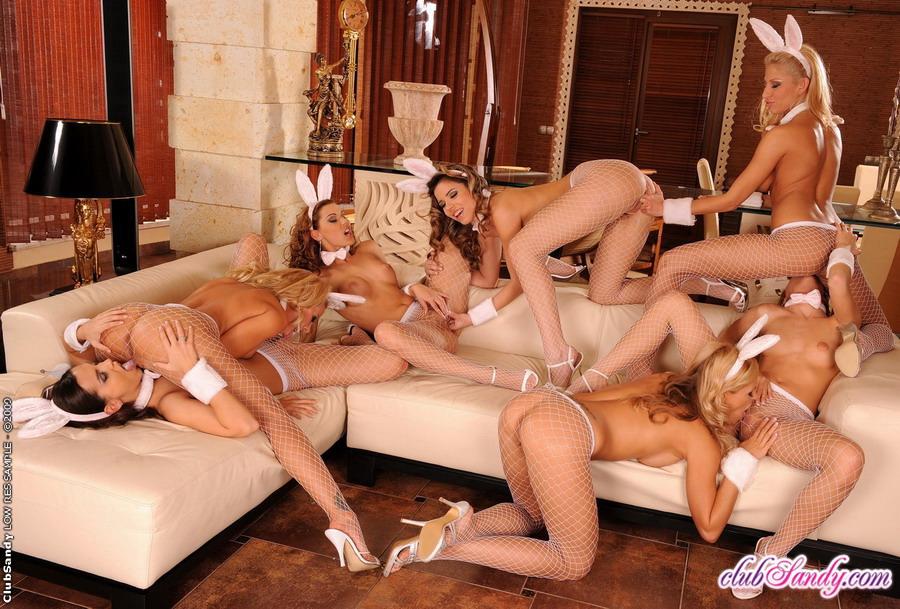 Hot naked girls oiled sex