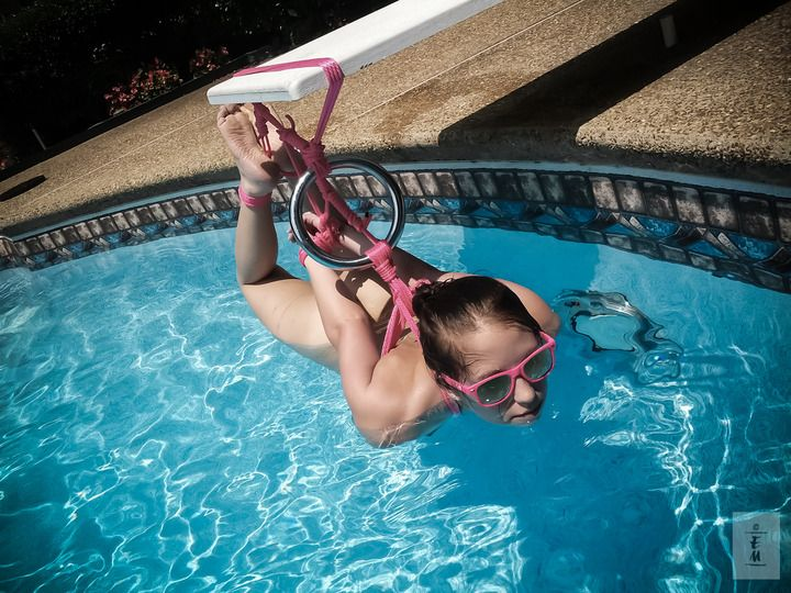 bondage-swimming-pool