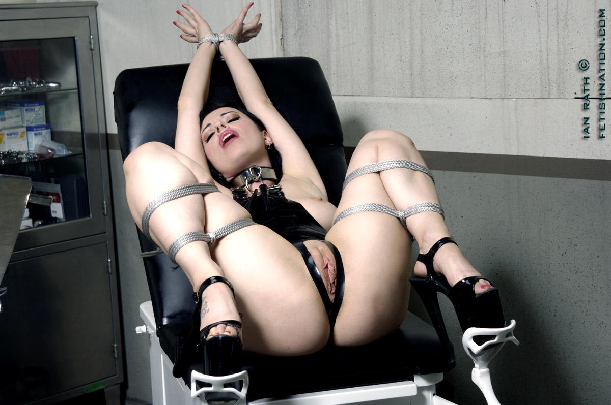 Mature Bondage And Milf Porn Pictures