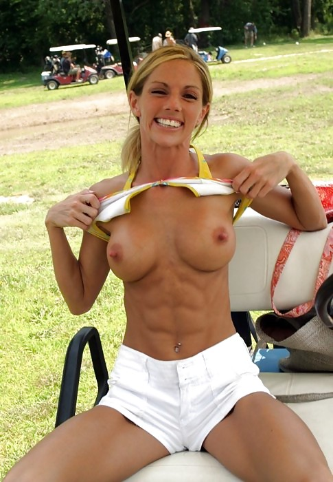 Wifey Shows Her Six Pack At Golf 13105-5325